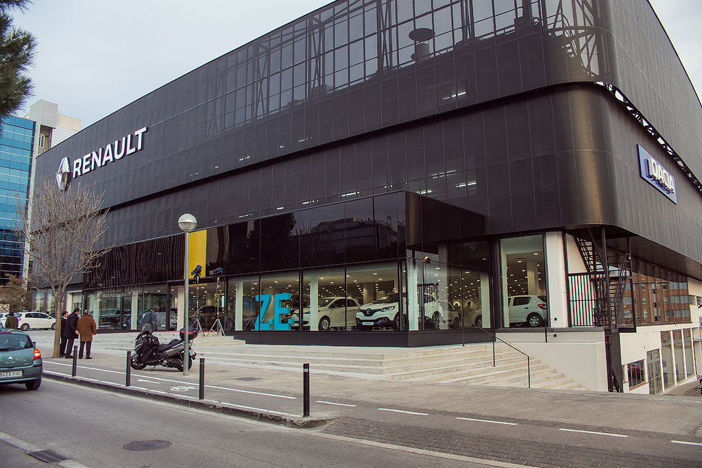 inauguraci n esplugues noticias renault retail group. Black Bedroom Furniture Sets. Home Design Ideas
